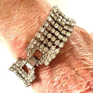 1960s Thick Rhinestone Bracelet